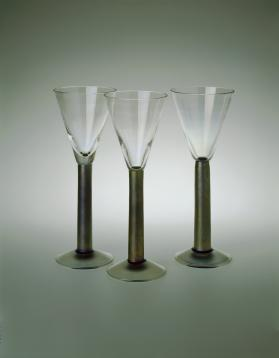Lustre Stem Glass (Funnel)